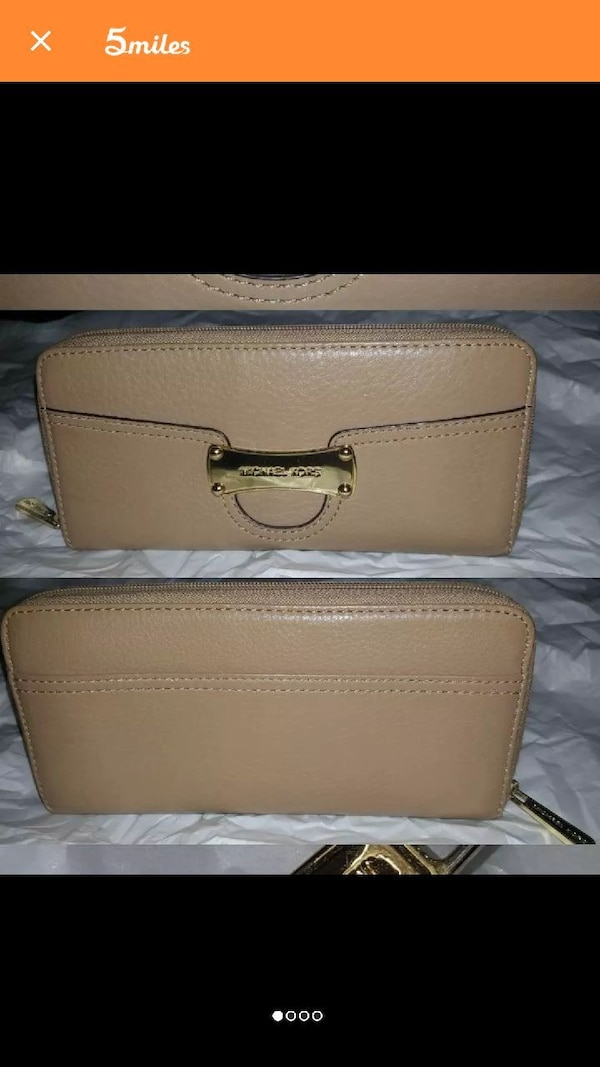 f0c406d48080 Used Michael Kors wallet for sale in Fort Worth - letgo