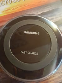 Samsung wireless fast charger pad