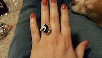 women's silver and black ring 1363 mi