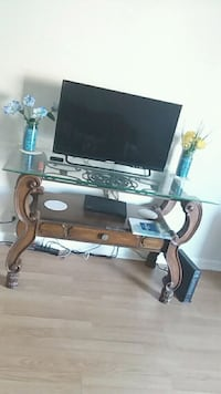 Tv/stand