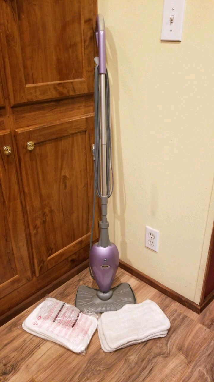 Photo Shark euro pro x steam mop