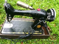 black and brown sewing machine Corpus Christi, 78410