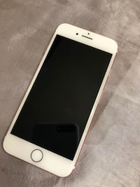 Rose gold iPhone 7with box Mississauga, L4X 2J6