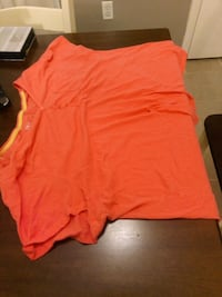 Women's 3XL Salmon Pink shirt Blacksburg, 24060