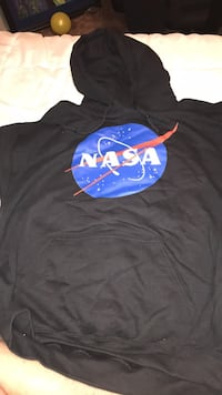 NEW NASA SWEATER SIZE L Long Beach, 90814