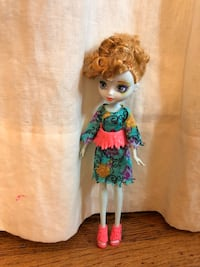 Pixie doll from the woods in Ever After High Doll  Los Angeles, 90019