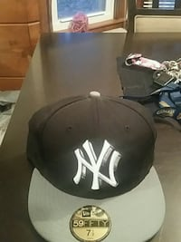 black and white New York Yankees cap Fayetteville, 28303