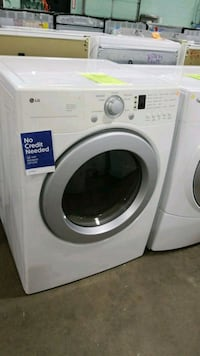 Lg electric dryer 27inches!  Manorville, 11949