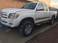 Toyota tundra 4x4 WHOLE OR PARTS