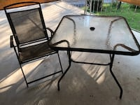 Patio table, 4 chairs, and a umbrella Harpers Ferry, 25425