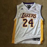 ORIGINAL LAKERS (Kobe Bryant) MEDIUM SIZED Jersey Olney