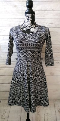Beautiful DG NY Dress , size M .  Frederick