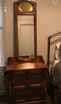 Used Nightstand Entryway With Mirror For Sale In Conyers
