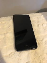 Unlocked iPhone 6S in space grey - 32gb Kitchener, N2H 4R8