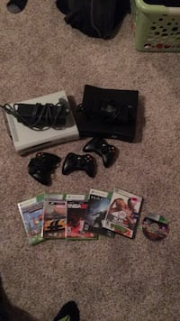 Xbox with games  Sherwood Park, T8A 2Z3