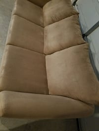 Tan polyester 3-seater couch! Great condition! Goose Creek