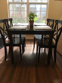 Dining Room Table Arlington, 22206