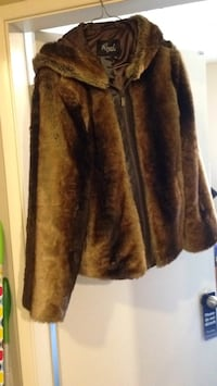 Vintage Fox fur jacket with hood Edmonton, T5H 0V7