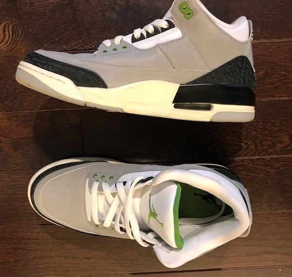 8456dea0eee46e Used Jordan retro threes worn once original box. Size 9.5 with curry 2 but  as a pair for 150.00 only serious buyers please for sale in Parkside - letgo