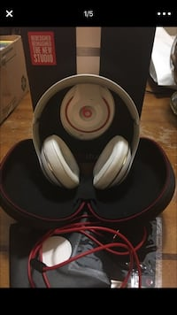 Beats by Dre Studio 2.0 white red