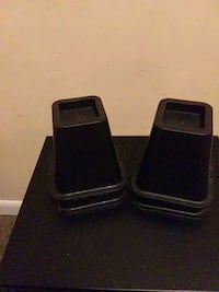 four black bed risers Nashville, 37203