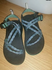 pair of black-and-gray sandals Enterprise, 36330