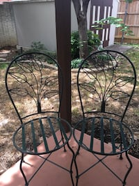 two black metal framed chairs Bedford, 76021