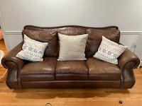 Leather couch and love seat Charlotte, 28216