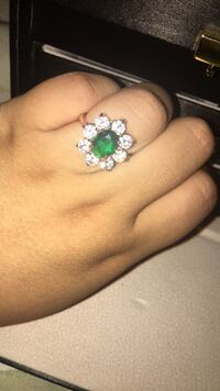 Fancy Emerald yellow gold ring   Mississauga, L5M 0X1