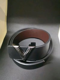 silver-colored Gucci buckle with black leather belt Brampton, L6Y 4J4