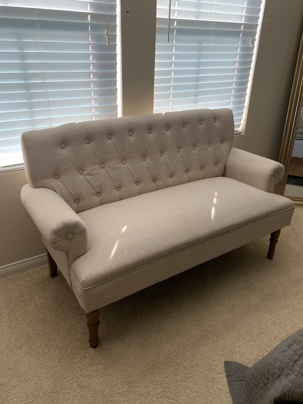 Accent couch