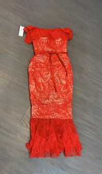 Gorgeous red gown for wedding or prom King, L0G