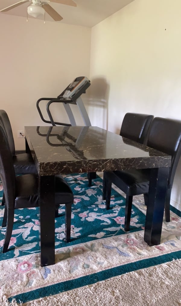 Dining table and four chair price is firm  b0f10f32-a1c1-4a79-8306-720791a3c240
