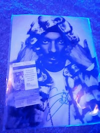 Autographed snoop dogg picture  Edmonton, T5Y 1H9