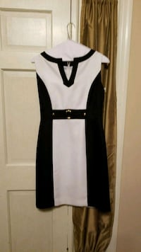 white and black sleeveless dress Pleasant Grove, 35127