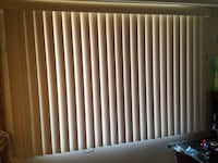 New Blinds Stores 52'' long x 52'' large (left to right)  colour: White Pearl, easy to install and clean  look like the ones in the picture nr 1, I purchased 2 sets and dont need the second pair Mont-Royal, H3R 1S6