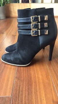 Women's Black High-Heeled Booties Vancouver, V6E 1J2