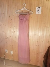 pink and white spaghetti strap dress Surrey, V3T 3Y4