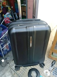 black and gray travel luggage Modesto, 95354