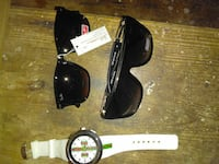 2 black wayfarer sunglasses