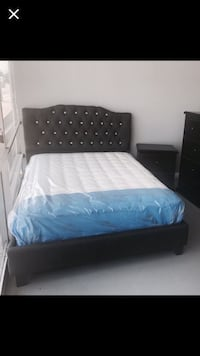 Queen bed frame only  Houston, 77077