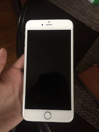 white iPhone 5 with black case Tracy, 95376