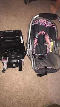 baby's black and pink car seat carrier Derwood, 20855