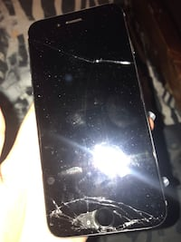 iPhone 6 just has a cracked screen can be fixed which is why only selling for 260$ Toronto, M1M 1M8
