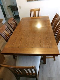 Dining room table and 6 chairs. Napa, 94558
