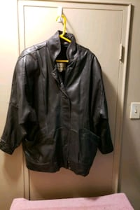 Ladies black leather jacket large London, N6H 1T3