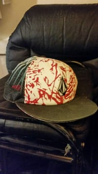 black and red fitted cap Reno