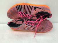 Nike sneakers Size 8 Revere, 02151