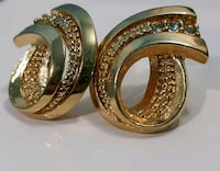 Vintage Gold Colored Earrings Colorado Springs, 80917