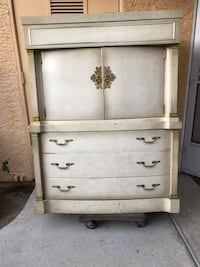 with the seven drawers four of them it's very deep can carry lotta stuff. So will would can we paid I'm going to put keep it for me because I have a lot of cool and I have a space for it in my bedrooms Las Vegas, 89102
